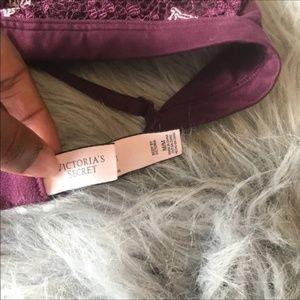 Victoria's Secret Intimates & Sleepwear - Victoria's Secret Halter Bralette size Medium